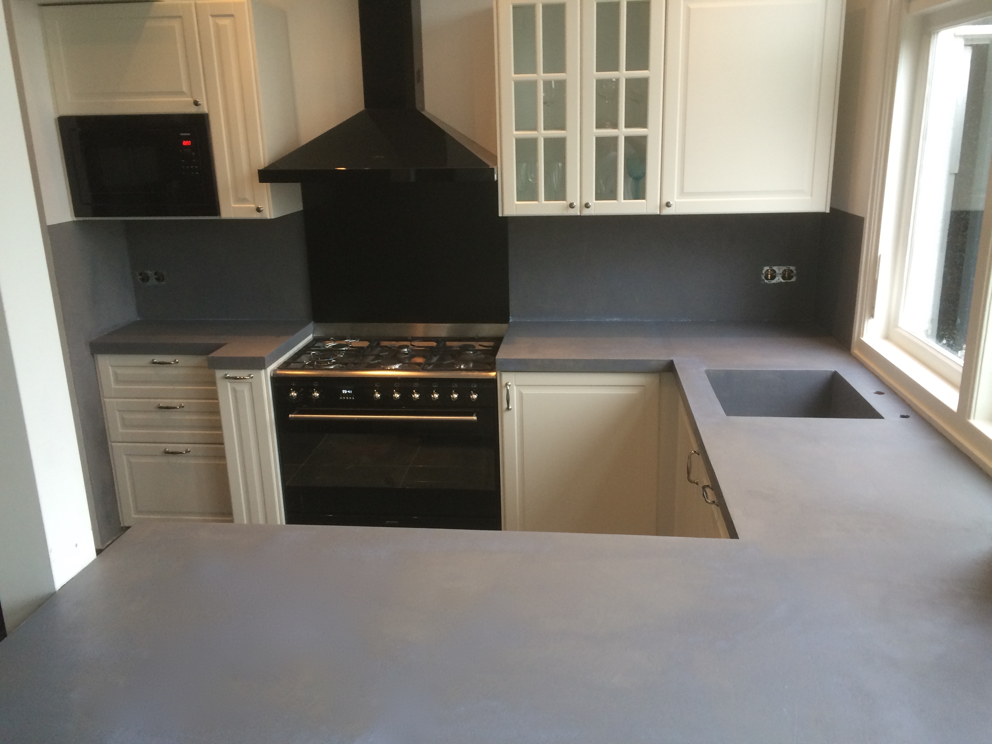 Beton Cire In De Keuken : Aanrechtblad van beton-cire in de keuken